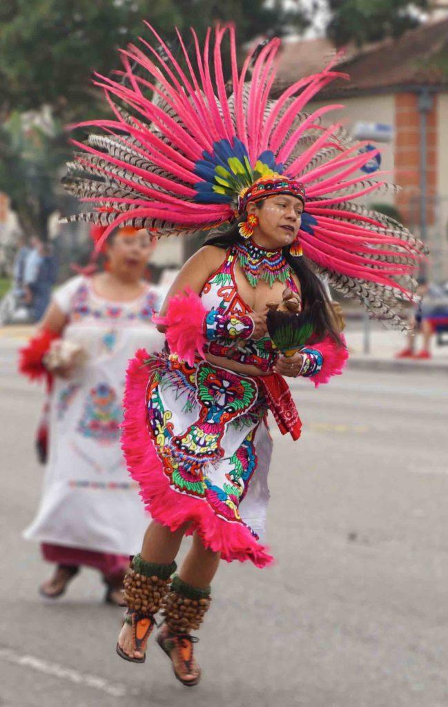 cinco de mayo-venice-aztec-dancer