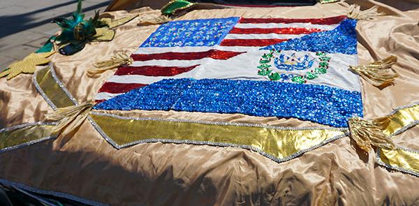 Nixon Yanes designed flag, El Salvador, Hollywood Carnival Parade, 06/29/19