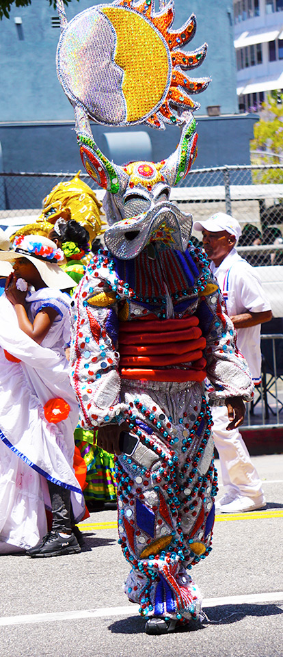 Dominican Republic costume; Hollywood Carnival Parade; 06/29/19