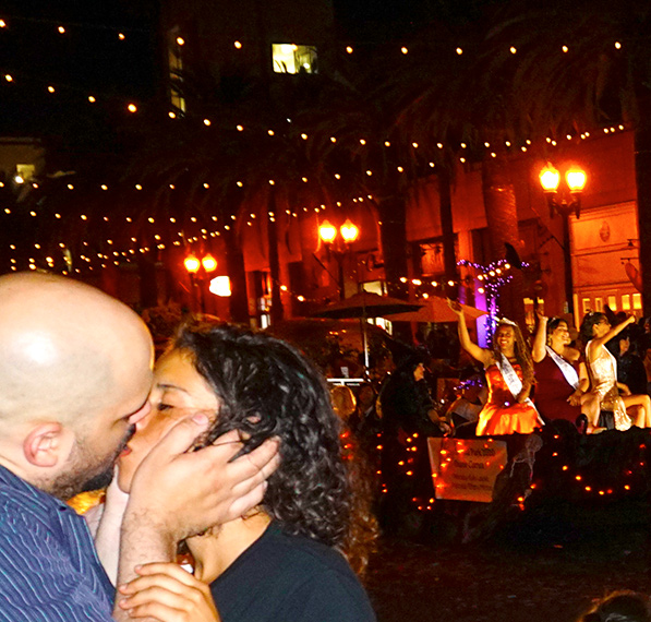 Anaheim Fall Festival-Halloween Parade-the kiss and queens (10-26-19)