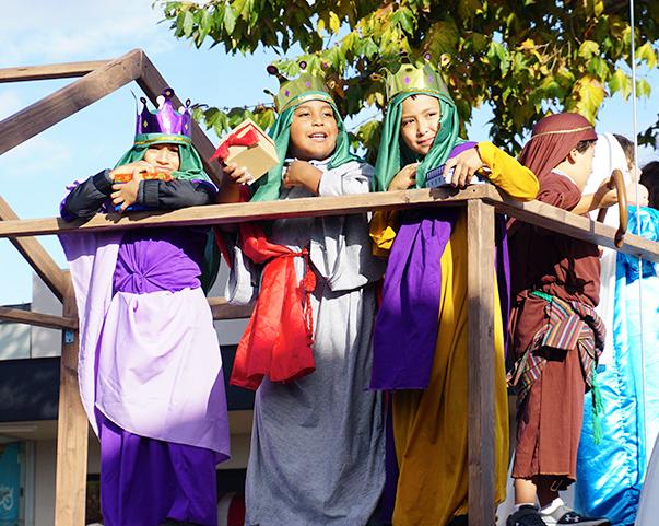 El-Segundo-holiday-parade-wisemen-12-8-19