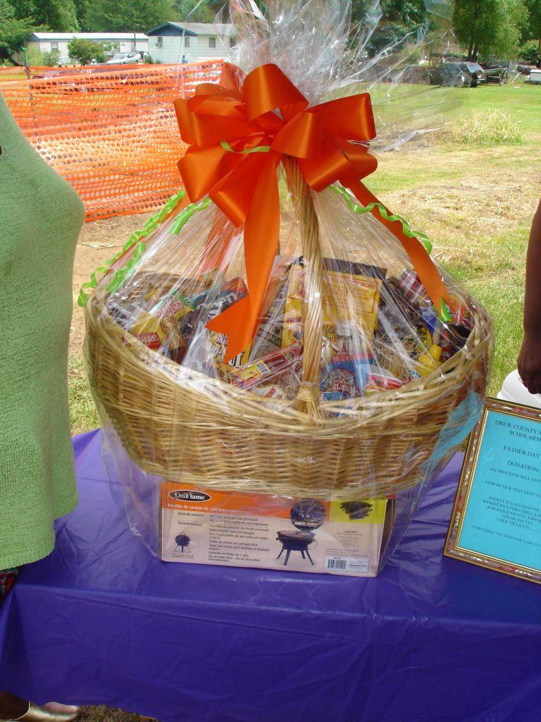 June Dinner gift basket 2006