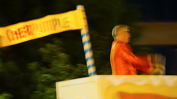 Anaheim Fall Festival-Halloween Parade- Charles Phoenix and cherpumple cake float flag (10/26/19)