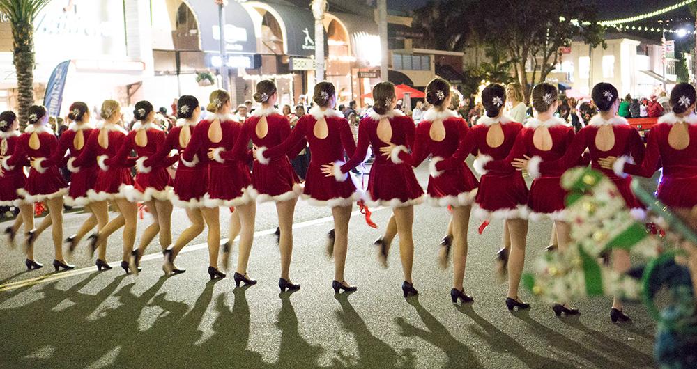 Redondo Beach Stroll-12-6-19